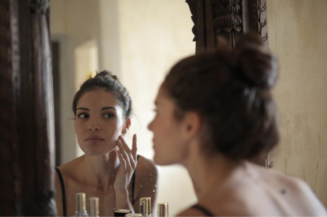 Prevenirea riscului de uscare a pielii pe timpul verii